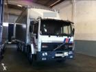 camião Volvo FL6 617