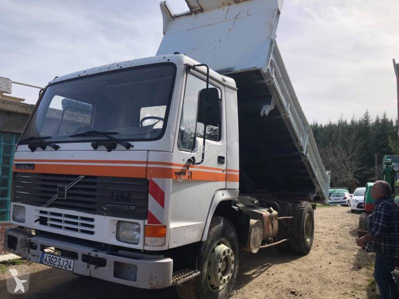 Camion volvo benne fl7 4x2 gazoil occasion n 144171 for Porte universelle benne