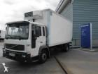camión Volvo FL6 12