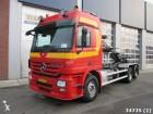 camión multivolquete Mercedes usado