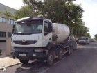 camión hormigón cuba / Mezclador Renault usado