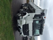 camion bi-benne Mercedes neuf