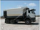 camión volquete Mercedes nuevo