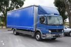 ciężarówka firanka Mercedes używana
