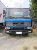 camión Volvo FL7 230