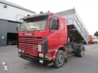camion Scania M 93 250