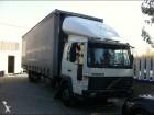 camião Volvo FL6 210