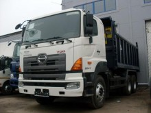 camión Hino 700