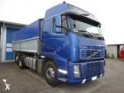 camion ribaltabile trasporto cereali Volvo usato