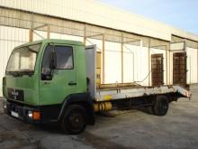 camion MAN 8.113