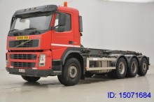 camión Volvo FM 12.340 - 8 X 4