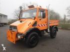 vrachtwagen Unimog U900