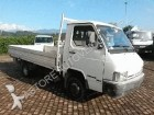 camion Nissan TRADE 100-3000 TD