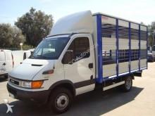 camion trasporto bestiame Iveco