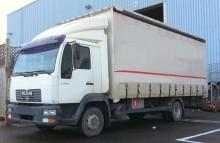 camión lonas deslizantes (PLFD) MAN usado