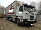 camion cassone centinato Scania usato