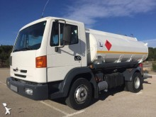 camion citerne hydrocarbures Nissan occasion