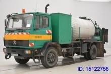 camión Mercedes LN 1517