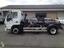 camion Isuzu Q75 Y07 BENNE + PLATEAU
