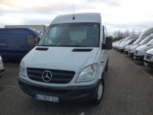 camión Mercedes Sprinter