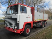 camion Scania LB 111