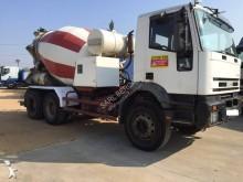 camión hormigón Iveco