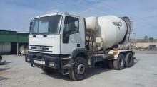 camion calcestruzzo rotore / Mescolatore Iveco usato