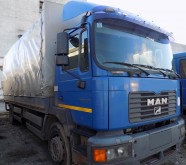 camion cu prelata si obloane MAN second-hand