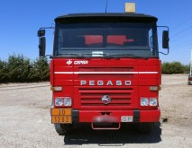 camion citerne hydrocarbures Pegaso occasion