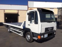 camion MAN LC 8.224