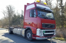 camion transport containere Volvo second-hand