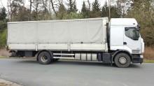 camion camion platforma cu prelata si obloane Renault second-hand