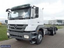 camión chasis nuevo