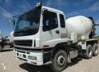 camion béton toupie / Malaxeur Isuzu occasion