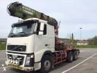 camión maderero Volvo usado