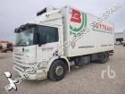 camión Scania 94D260