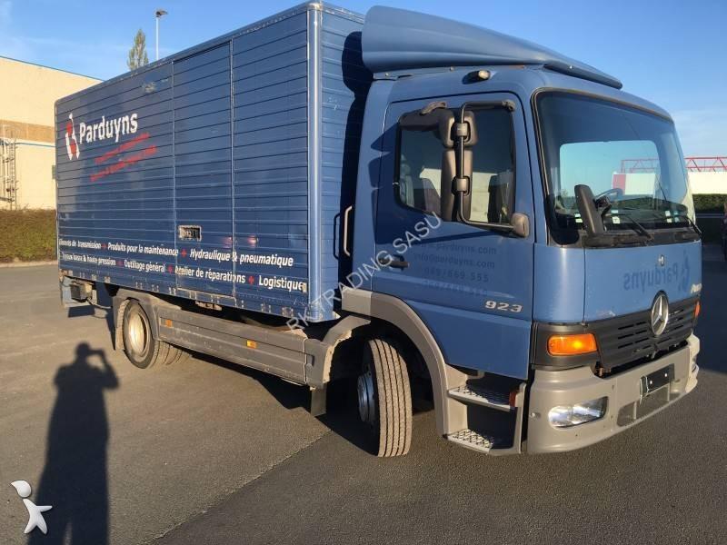 Camion mercedes fourgon d m nagement atego 923 4x2 gazoil euro 2 hayon occasion n 1647998 - Garage mercedes nord pas de calais ...