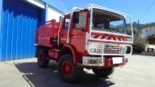 camion camion-cisterna incendi forestali Renault usato