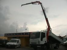 camion Iveco Eurocargo 90E17 GRU BENELLI CON ANTENNA