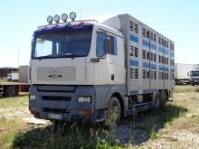 camión para ganado MAN usado