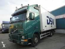 camión Volvo FH 12-380 GLOBETROTTER 6x2 WITH ISOLATED BOX (ST