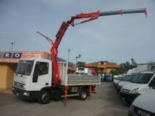camion Iveco Eurocargo 100E21 GRU CON ANTENNA
