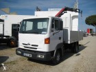 camion plateau standard Nissan occasion