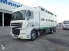 camión para ganado DAF usado