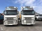camión portacontenedores Volvo usado