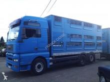 camion trasporto bestiame MAN usato
