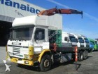 camião estrado / caixa aberta Scania usado