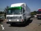 camião furgão Volvo usado