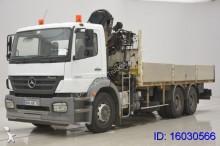 camión Mercedes Axor 2633 - 6x4