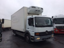 camion frigo porte viandes Mercedes occasion